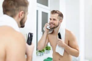 trou dans la barbe traitement