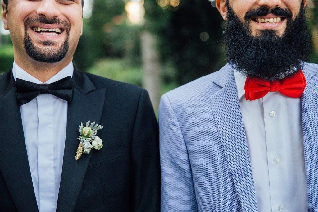barbe bouc deux hommes avec barbe longue epaisse