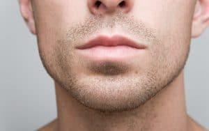 barbe duvet homme de face