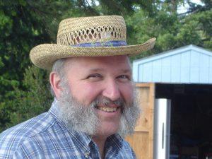 serum barbe grosse barbe blanche homme avec chapeau